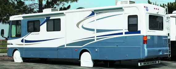 Snap Ring Tire Savers on a Class A RV.
